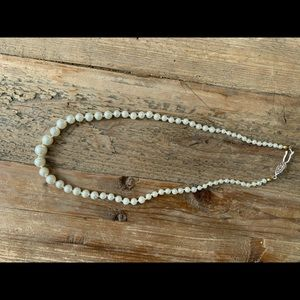 Costume faux pearl necklace